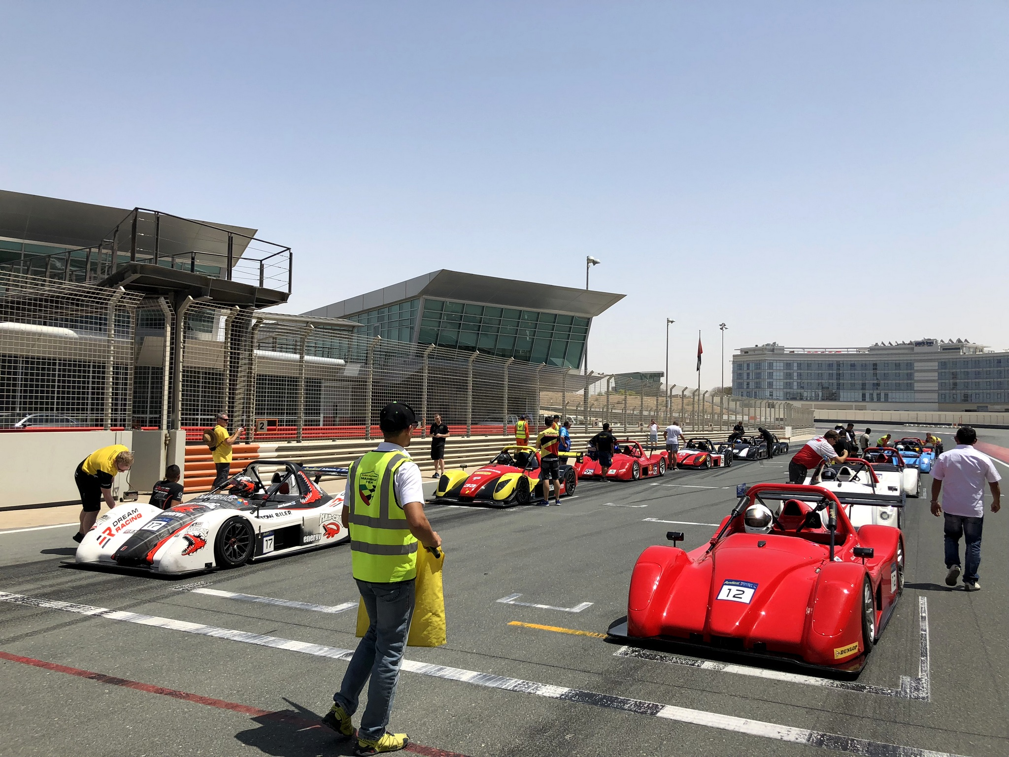B-TUNING Pro Racin Team - Radical Middle East Cup